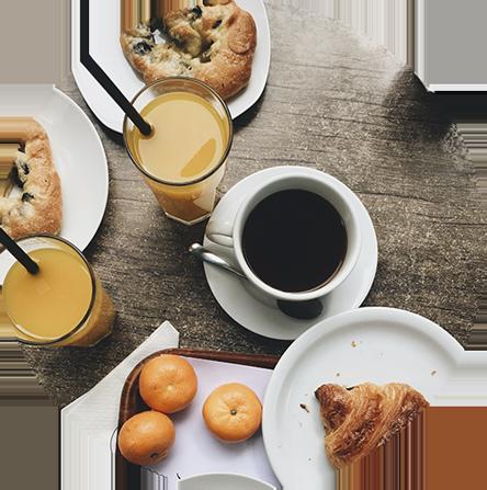 Desayuno de Café, Croissant y Zumo