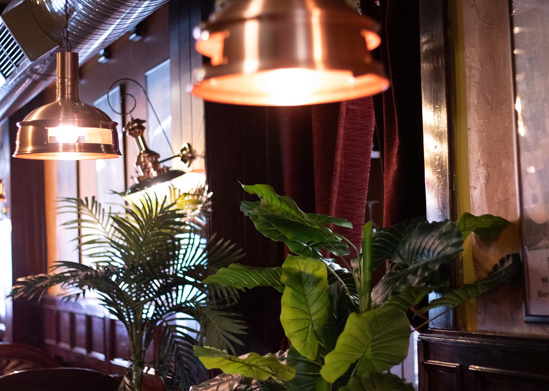 Lámpara de las mesas Restaurante El Galeón en Móstoles