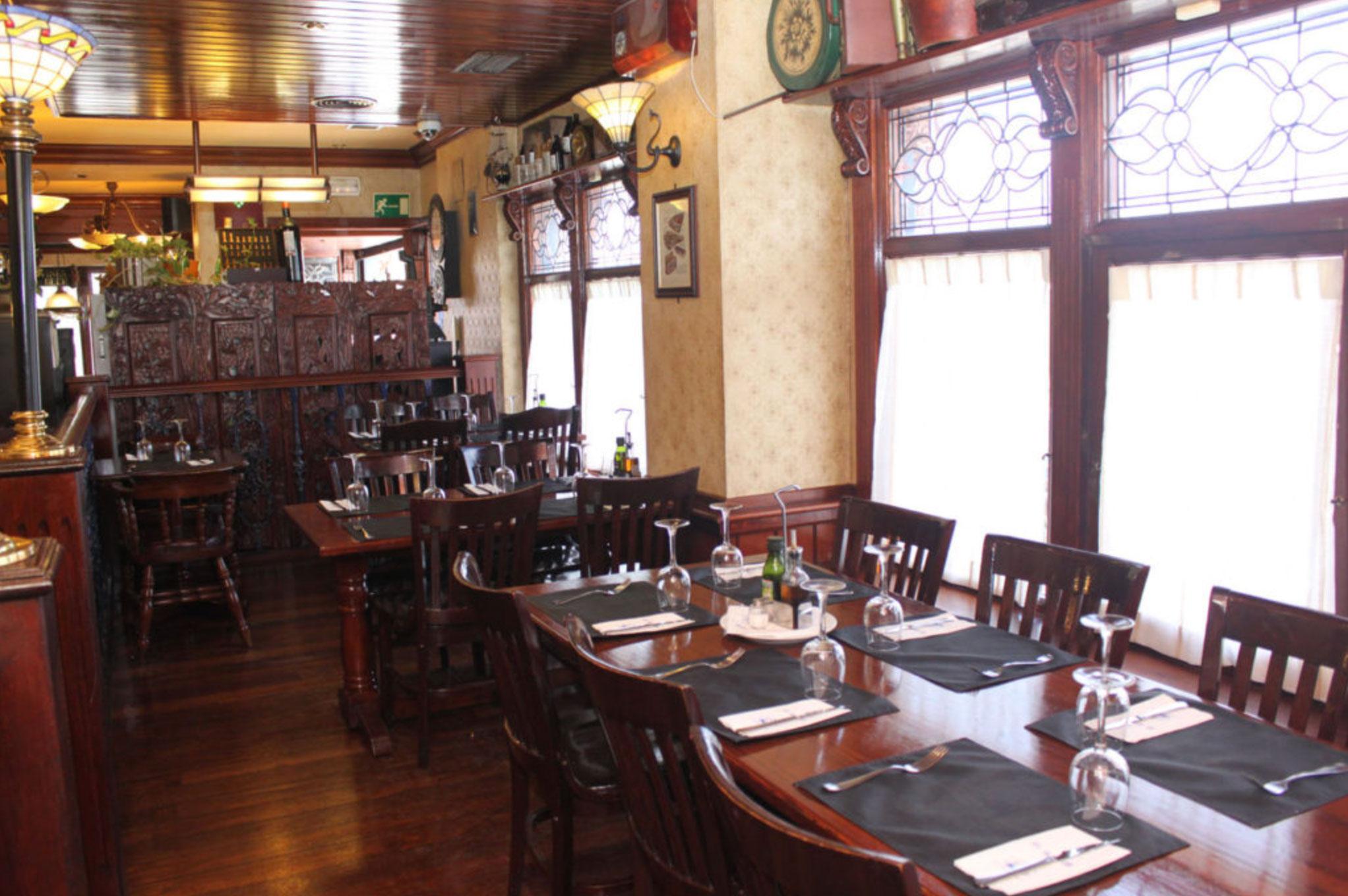 Comedor del Restaurante El Galeón en la calle Milán de Alcorcón